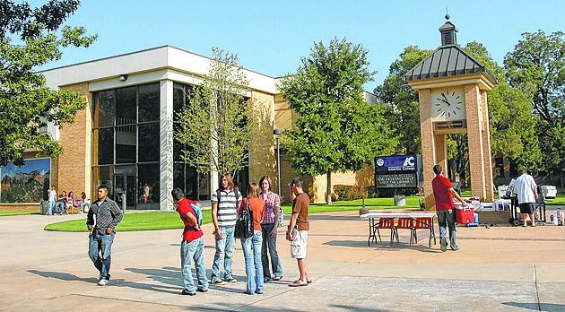 Colleges3_082508.jpg