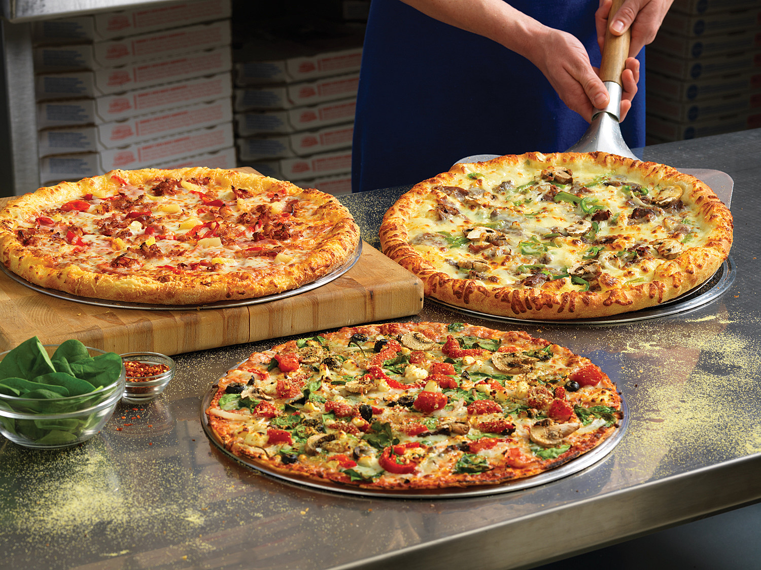 Dominos win free pizza for a year